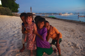 Making new friends in Bohol