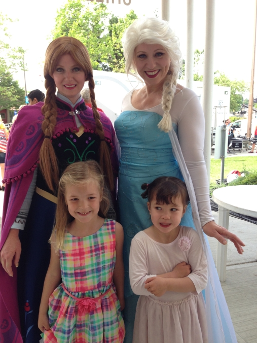 We got to meet Elsa and Anna!